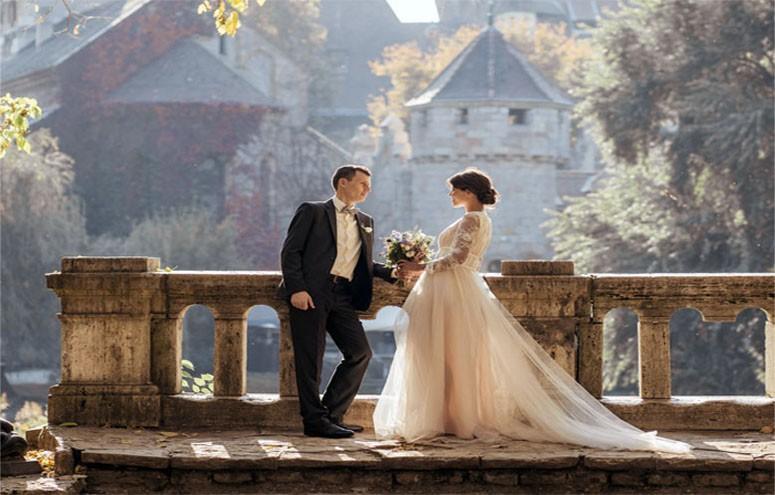 Mode, accessoires et décoration de mariage élégants mais abordables.